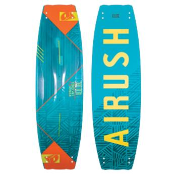 Twintip Kitesurf SWITCH CORE AIRUSH 2018 Complète (board + ailerons + straps)