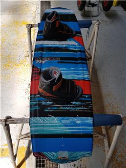 Board wake  LIQUID FORCE TRIP COMPLETE Occasion B Taille 138