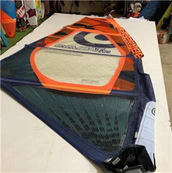 Voile Windsurf COMBAT HD NEILPRYDE 2015 3.7m² Occasion C
